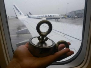 Engednek téged egy mágneses repülőgépre? Megpróbáltam.