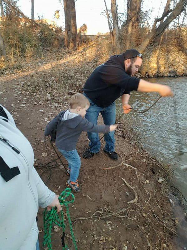 egész család a mágneses horgászatban